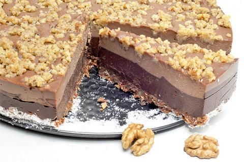 tort de ciocolata cu nuca
